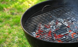 Wood burning barbeque, Source: Photodune.net